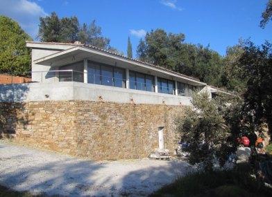 maison mur pierres