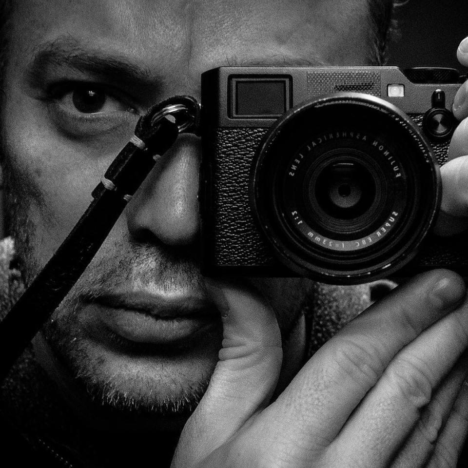 #autoportrait #portrait #fujifilm #x100f #instadaily #picoftheday #instagood #bnw #men  #myself