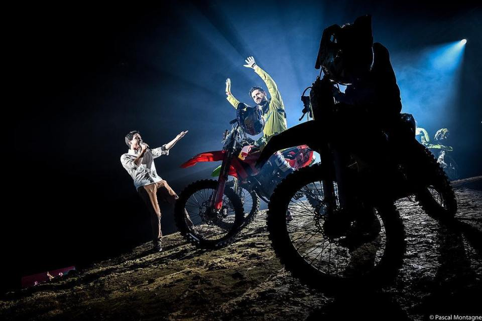 #moto #worldcup #freestyle #event #motocross #fmx #sports #mechanic #backlight #shadows #competition #motorsports #motorcycle #motorsport #picoftheday #instadaily #instagood #dailypic