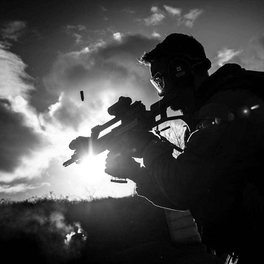 GIGN team training with @hecklerandkoch G36 assault rifle. GIGN has been deployed in France regions since Paris terrorist attacks in 2015.  Retrouvez moi le 10 novembre à 13h au salon de la photo à Paris, sur le stand SIGMA @sigmafrance pour une série exclusive en immersion avec une antenne GIGN, unité d'élite de la @gendarmerie_nationale_officiel . #salonphotoparis #sigma #sigmaart #sigma85mmart #sigma24mmart #gign #military #france #sirpa #weapons #reportage #gendarmerie #securite #gendarme #shield #bulletproof #backlight #immersion #elite #hk #weapons #g36 #training #specialforces #heros @hl_grand_ouest @studiohanslucas
