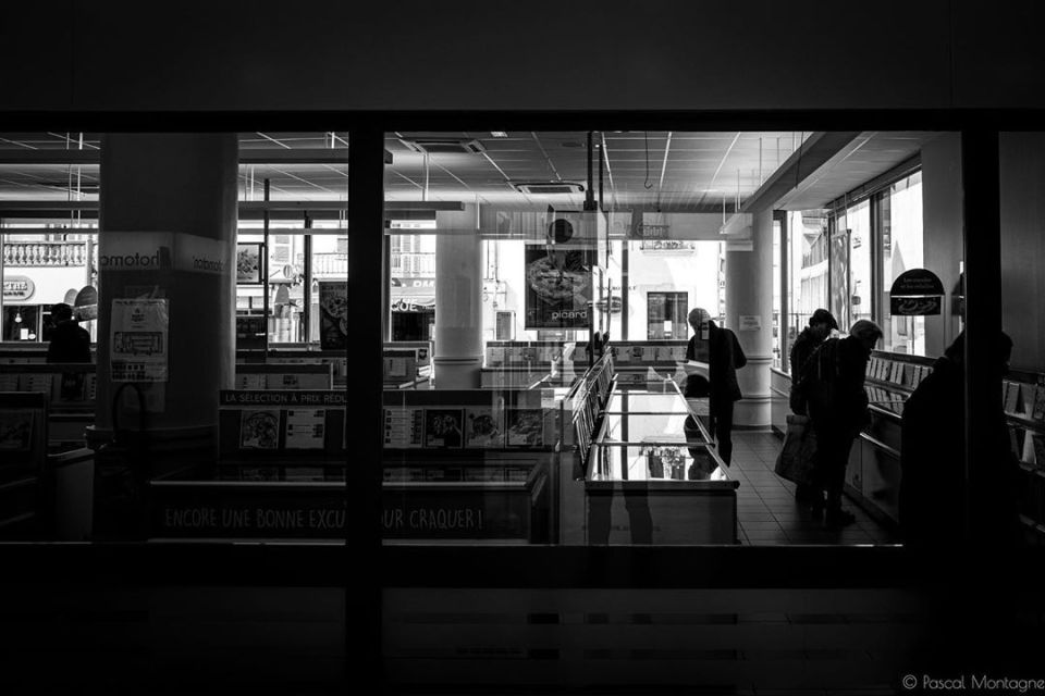 Confinement – day 49 – #shop #food #freeze #confinement #covid19 #coronavirus #bnw #bnwphotography