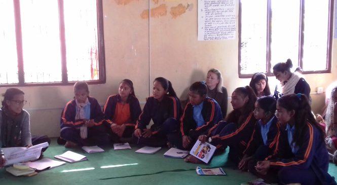 परियोजनाको अनुगमनः छात्रालाई नि:शुल्क प्याड अनिवार्य गर्न सुझाव
