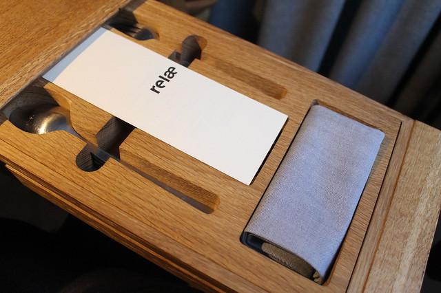 Detalle de la mesa de Relae Copenhague