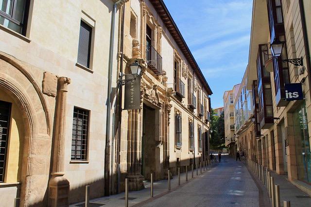 Fachada del restaurante Baluarte en Soria