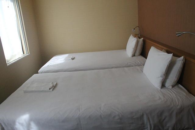 Camas The B Kobe Hotel