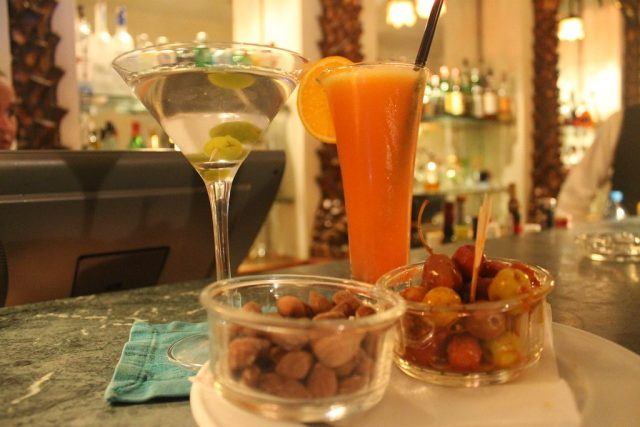 Cocteles Rick's Café