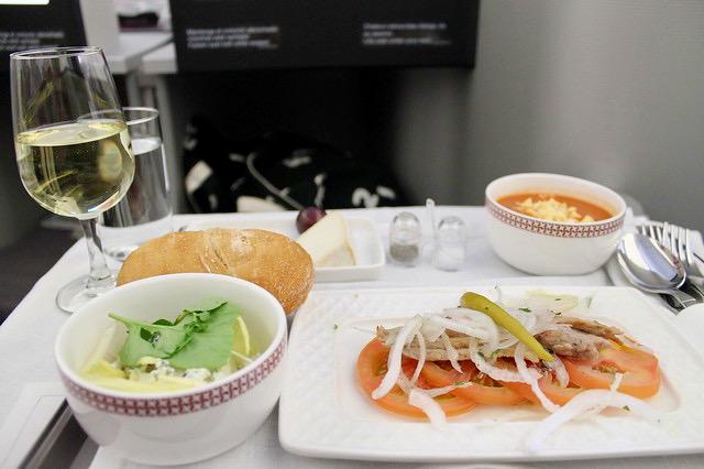 Entrantes comida clase business Iberia