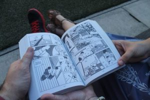 Lectura al aire libre Museo Internacional del Manga Kioto