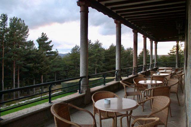 Terraza Parador de Gredos