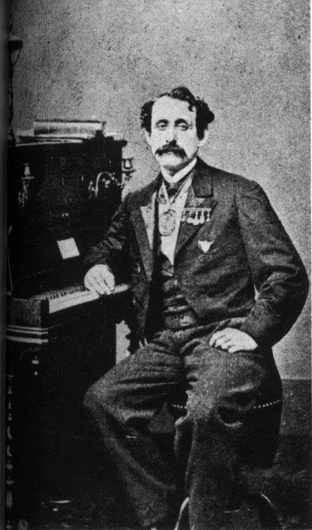 Louis Moreau Gottschalk, sentado al piano