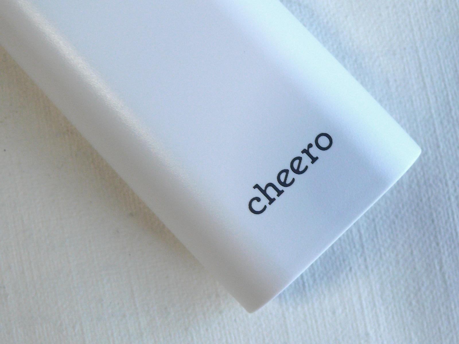 cheero Power Plus 3 mini 5200mAh デザイン