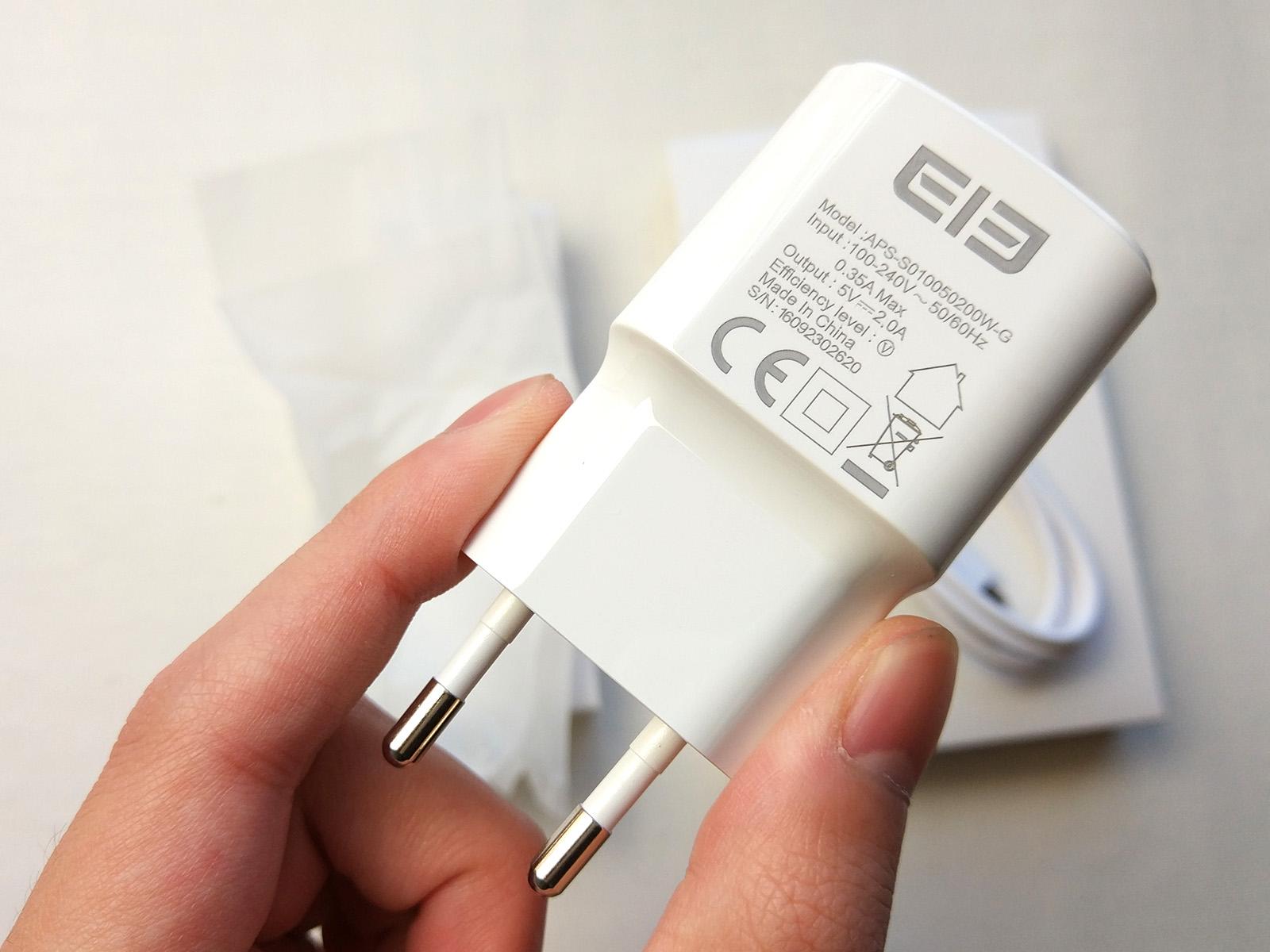 Elephone S7 充電器