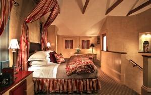 JUST Inn Vintners Villa bedroom
