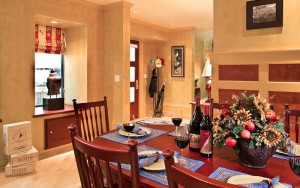 JUST Inn Vintners villa dining area