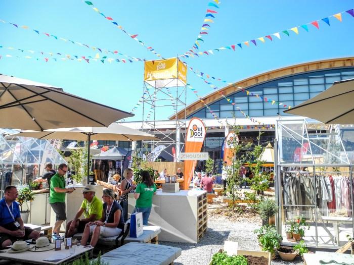 L'ambiance de Outdoor show Friedrichshafen 2017 / salon outdoor montagne / pasquedescollants.com