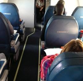 Cleveland(CLE) ✈ New York(LGA) – Primeira Classe Doméstica – CRJ700