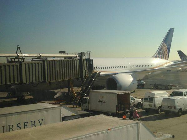 United 787 - Dreamliner