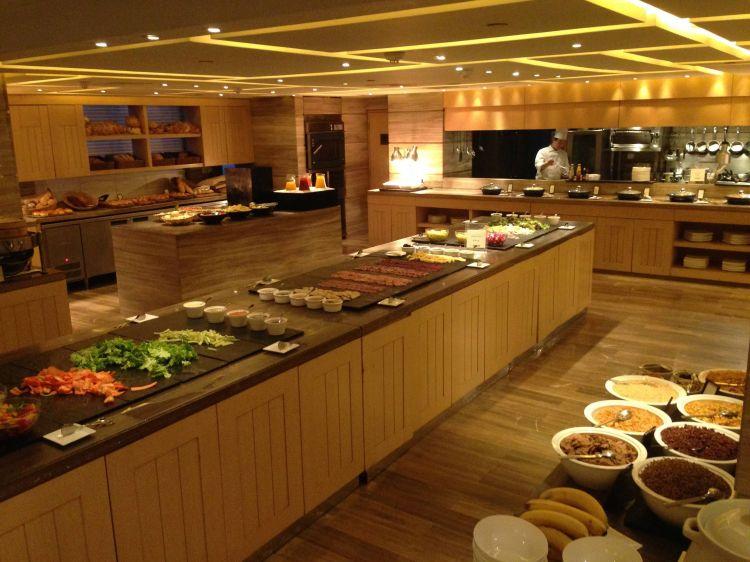 Café da manhã do Hilton Wangfujing que me hospedei em Fev/13