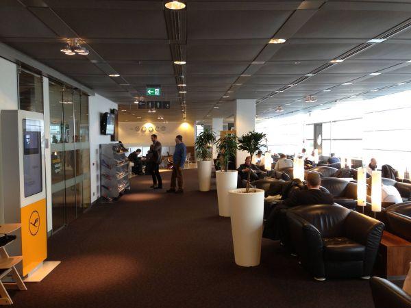Lufthansa Senator Lounge Hamburg