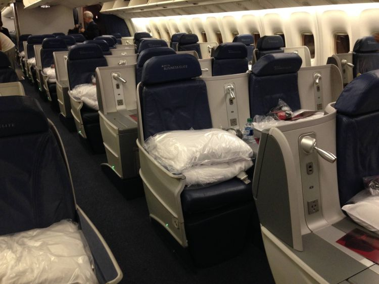 BusinessElite Classe Executiva da Delta no Boeing 767-400ER