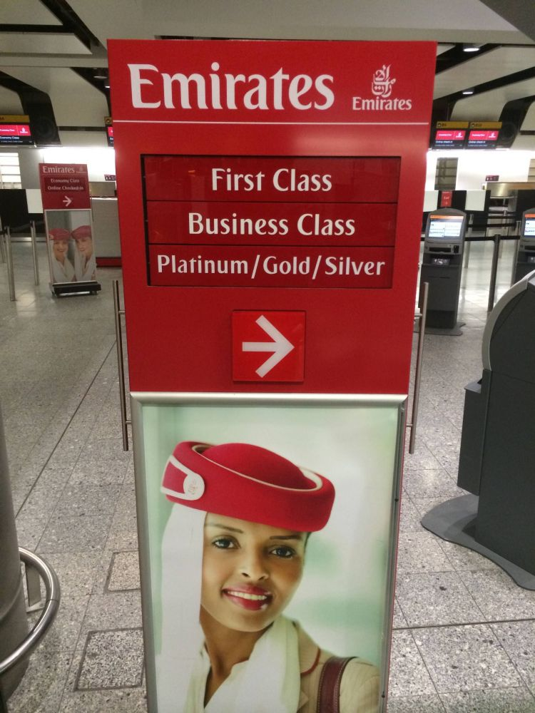 Emirates First Class Lounge Heathrow sala vip