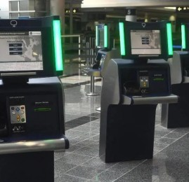 Portões Internacionais da Delta oferecem controle automático de passaporte