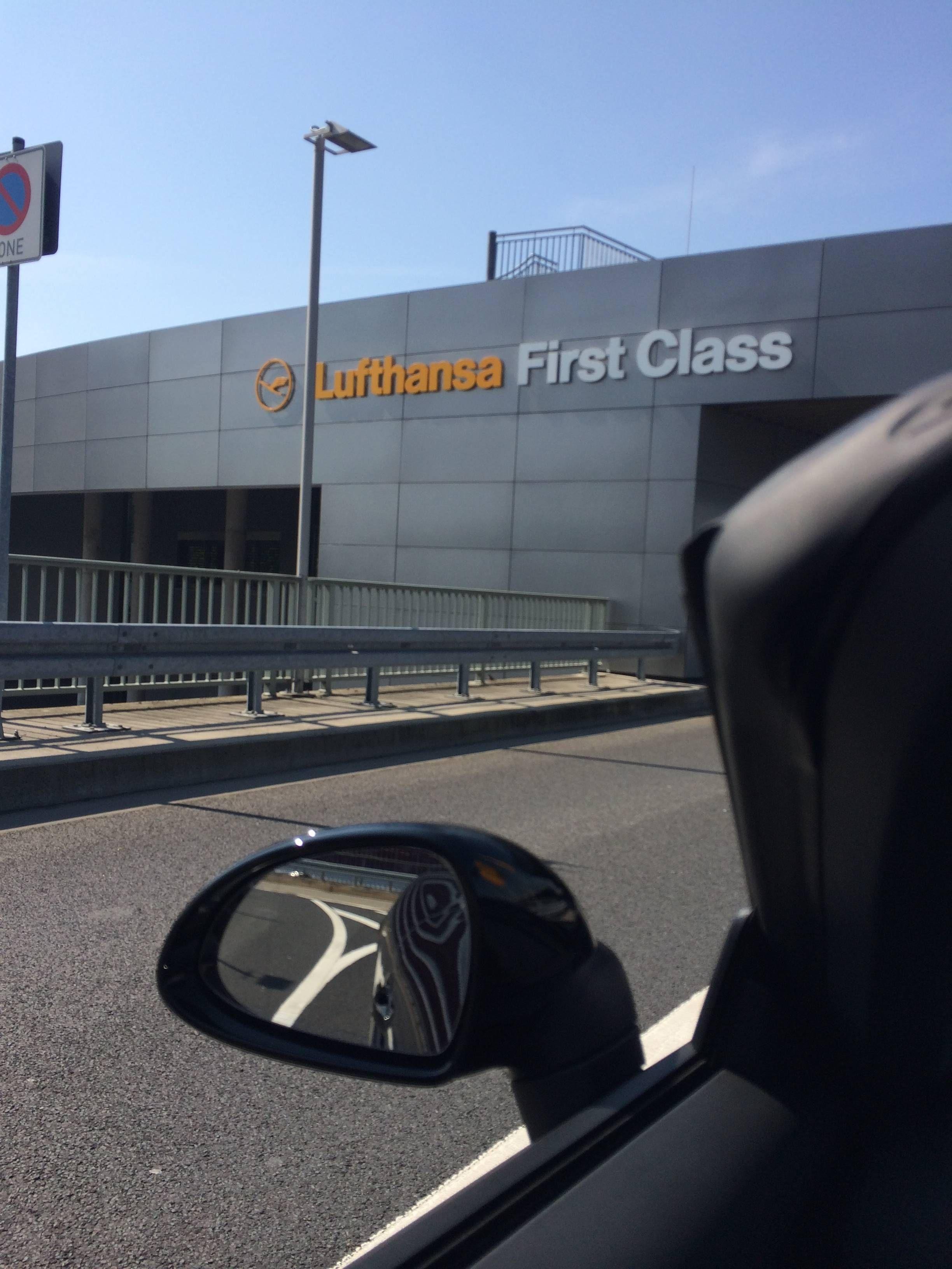 lufthansa first class porsche excitement - passageirodeprimeira
