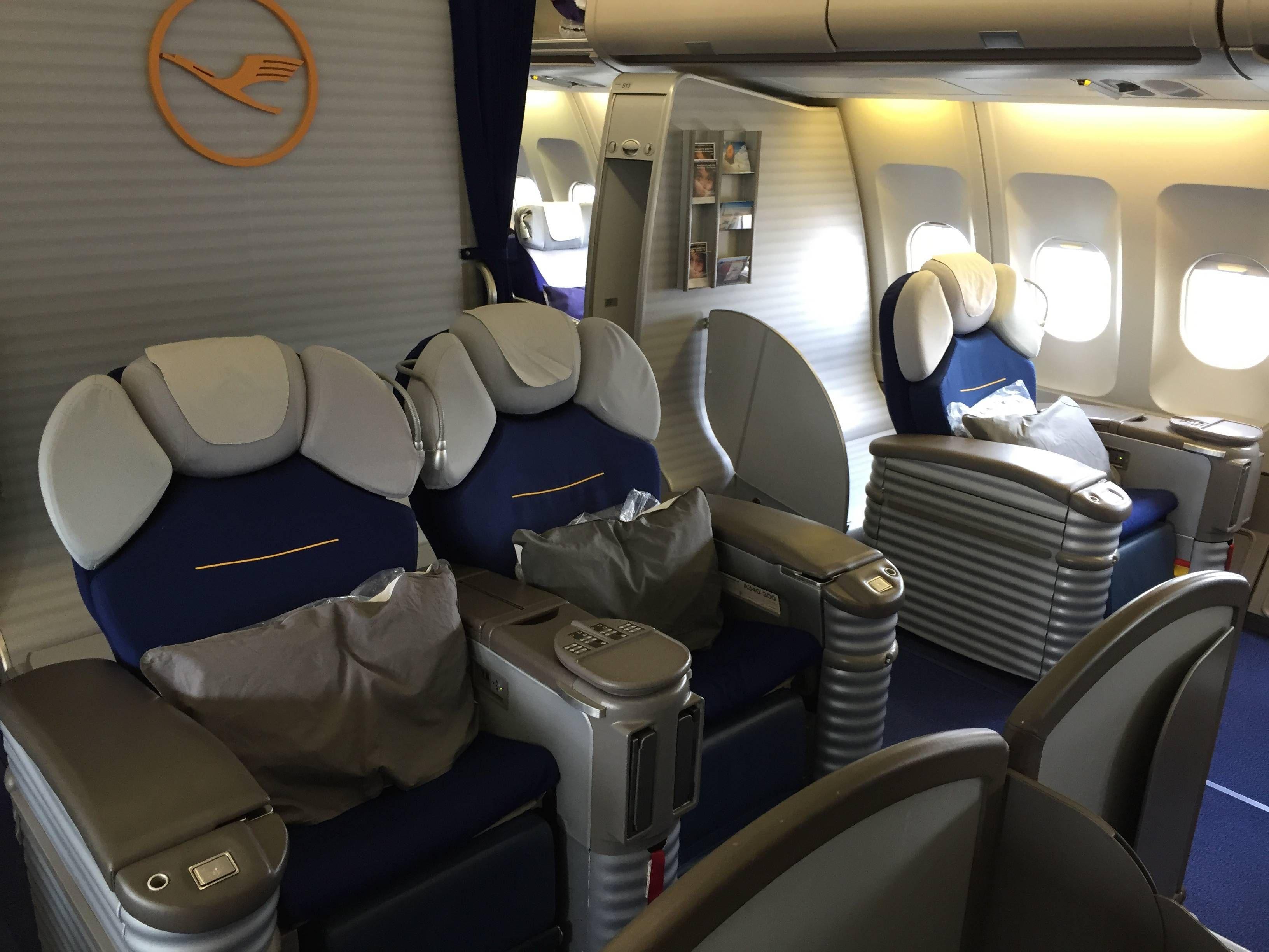 Lufthansa A340 First Class primeira classe passageirodeprimeira