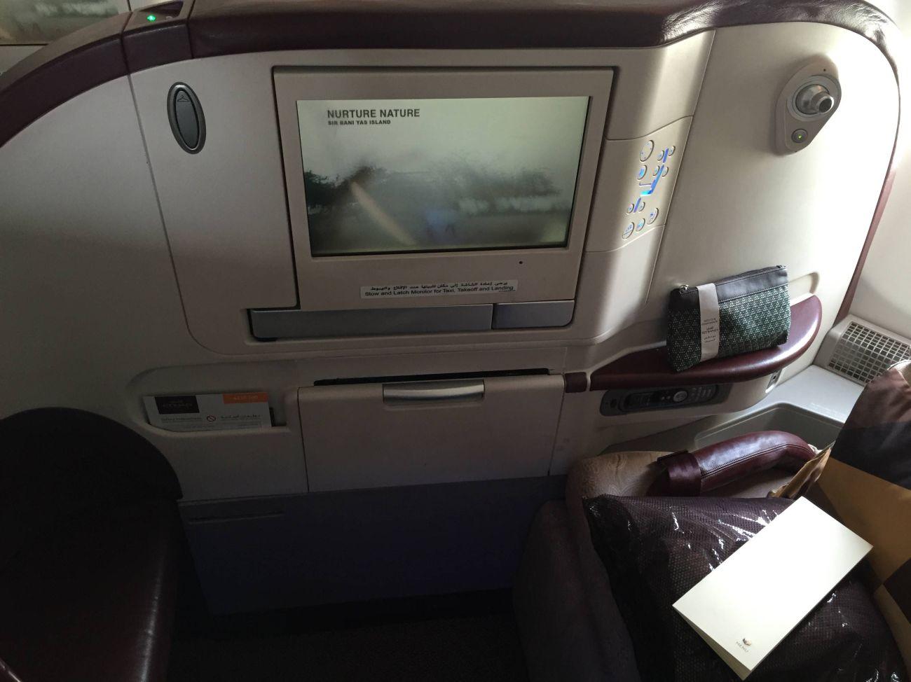 Jet Airways A330 Business Class Etihad Passageirodeprimeira -010