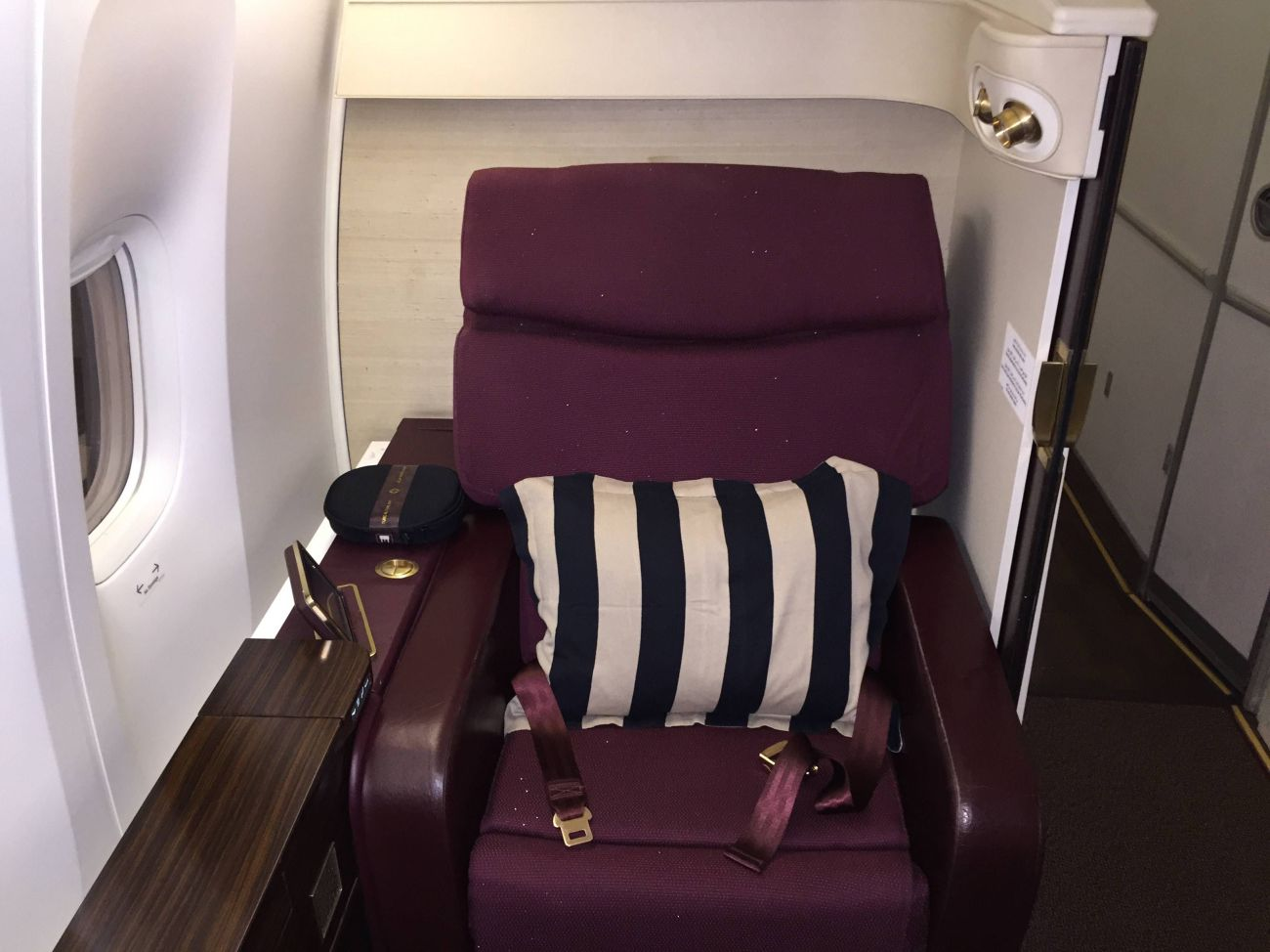 Jet Airways B777 First Class Etihad Passageiro de Primeira-02