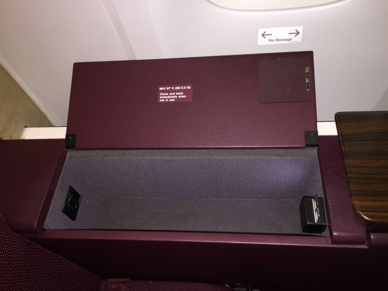 Jet Airways B777 First Class Etihad Passageiro de Primeira-04