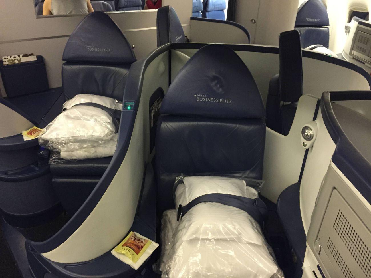 Delta Classe Executiva Business Class B777-02