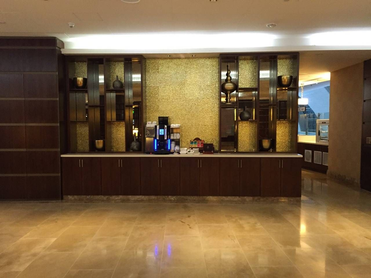 Emirates First Class Lounge Dubai -033