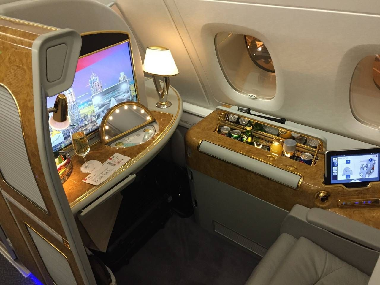 Emirates First Class PVG-DXB-019