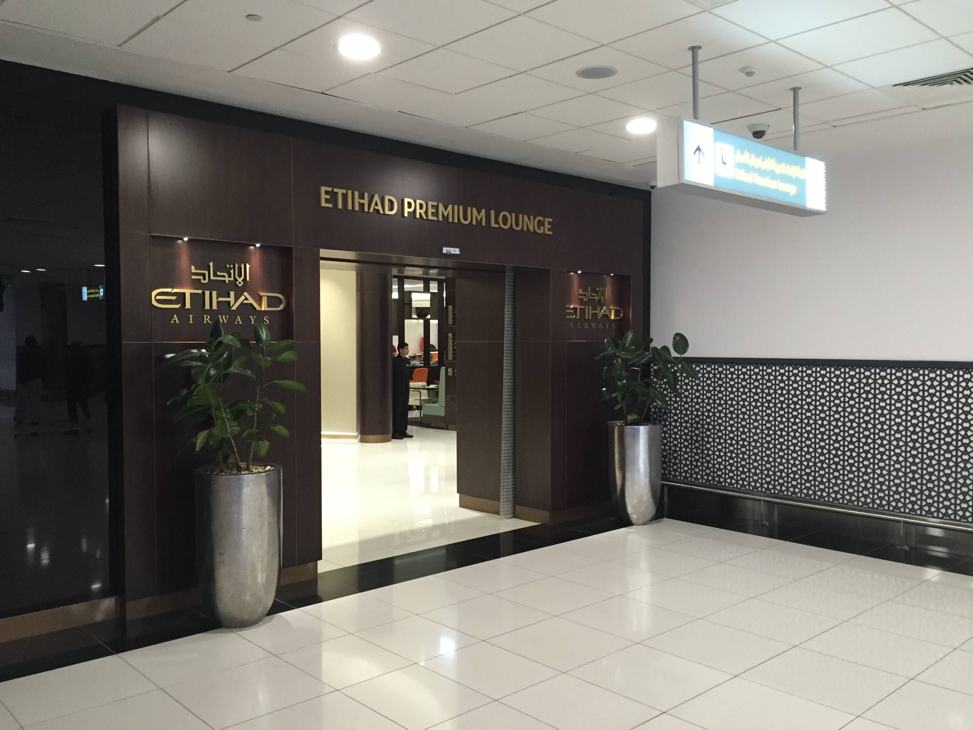 Etihad-Premium-Lounge-Abu-Dhabi-Passageiro-de-Primeira2