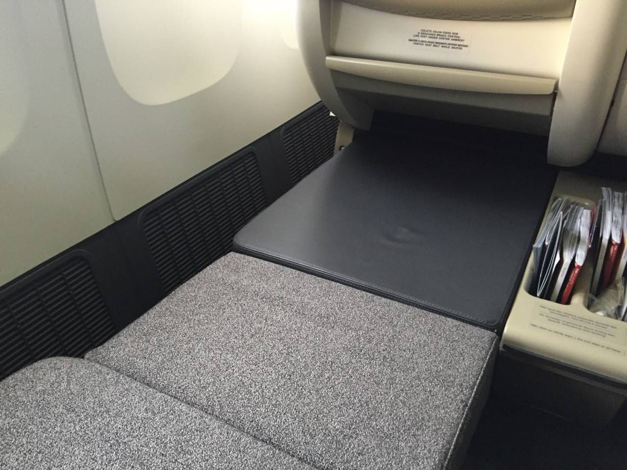 TAM B777 Executiva Business Class-023