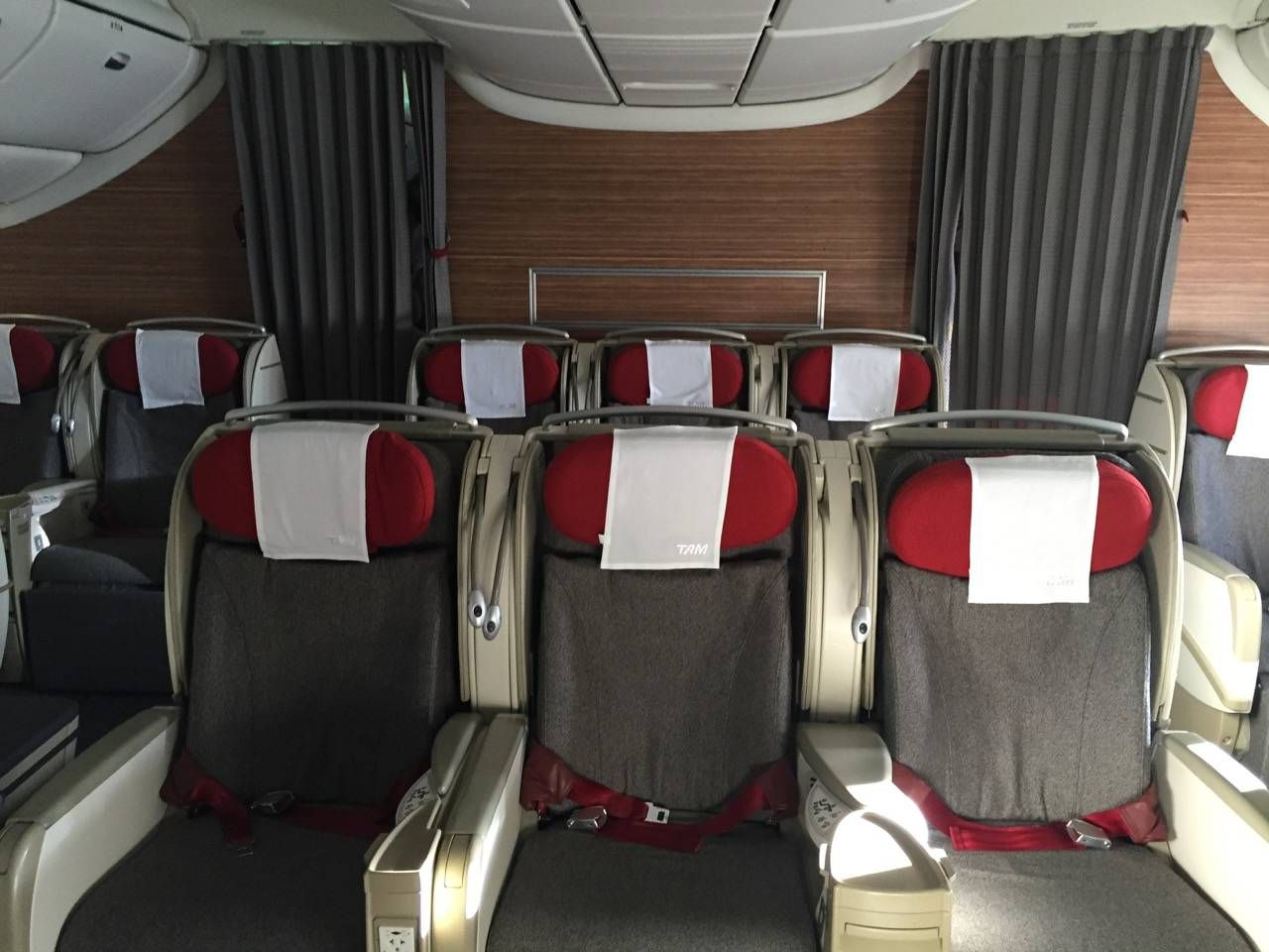 TAM B777 Executiva Business Class-025