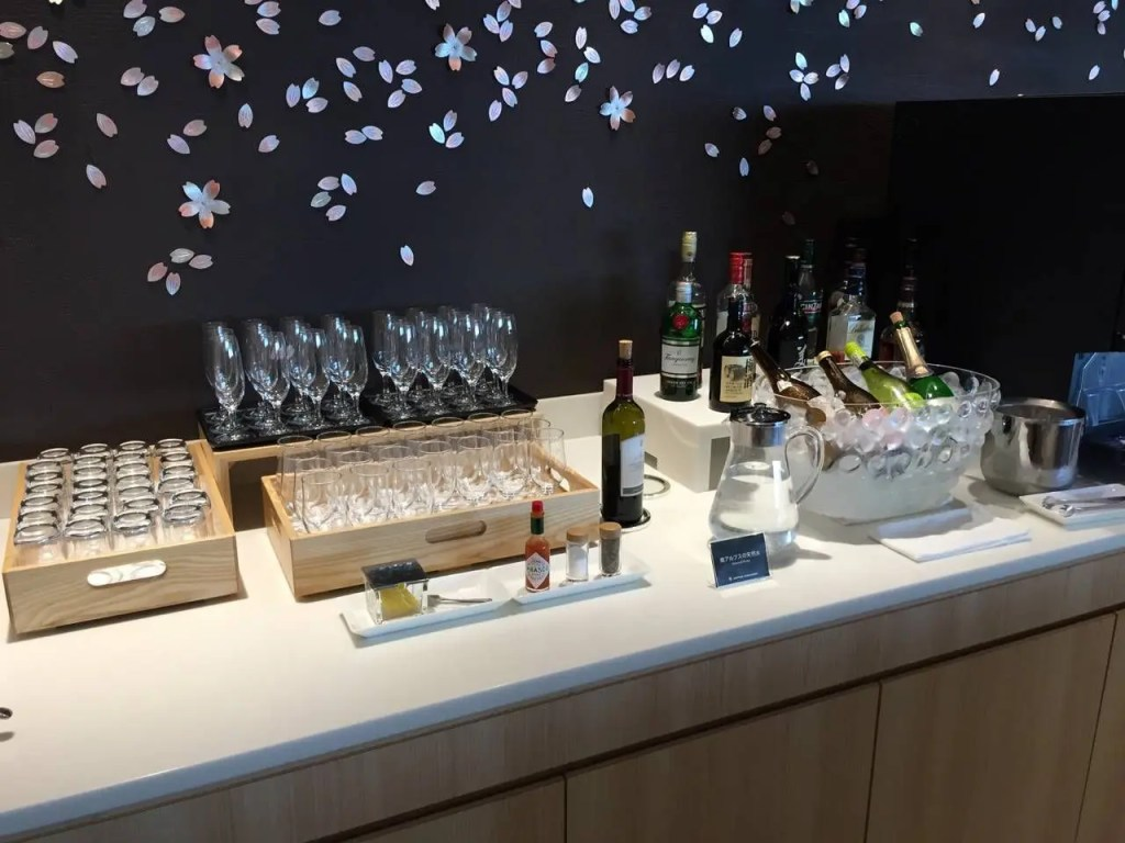 Sakura Lounge Haneda-037