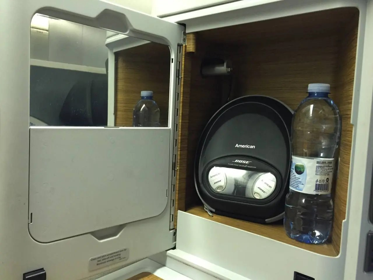 American Airlines B77W Business Class-026