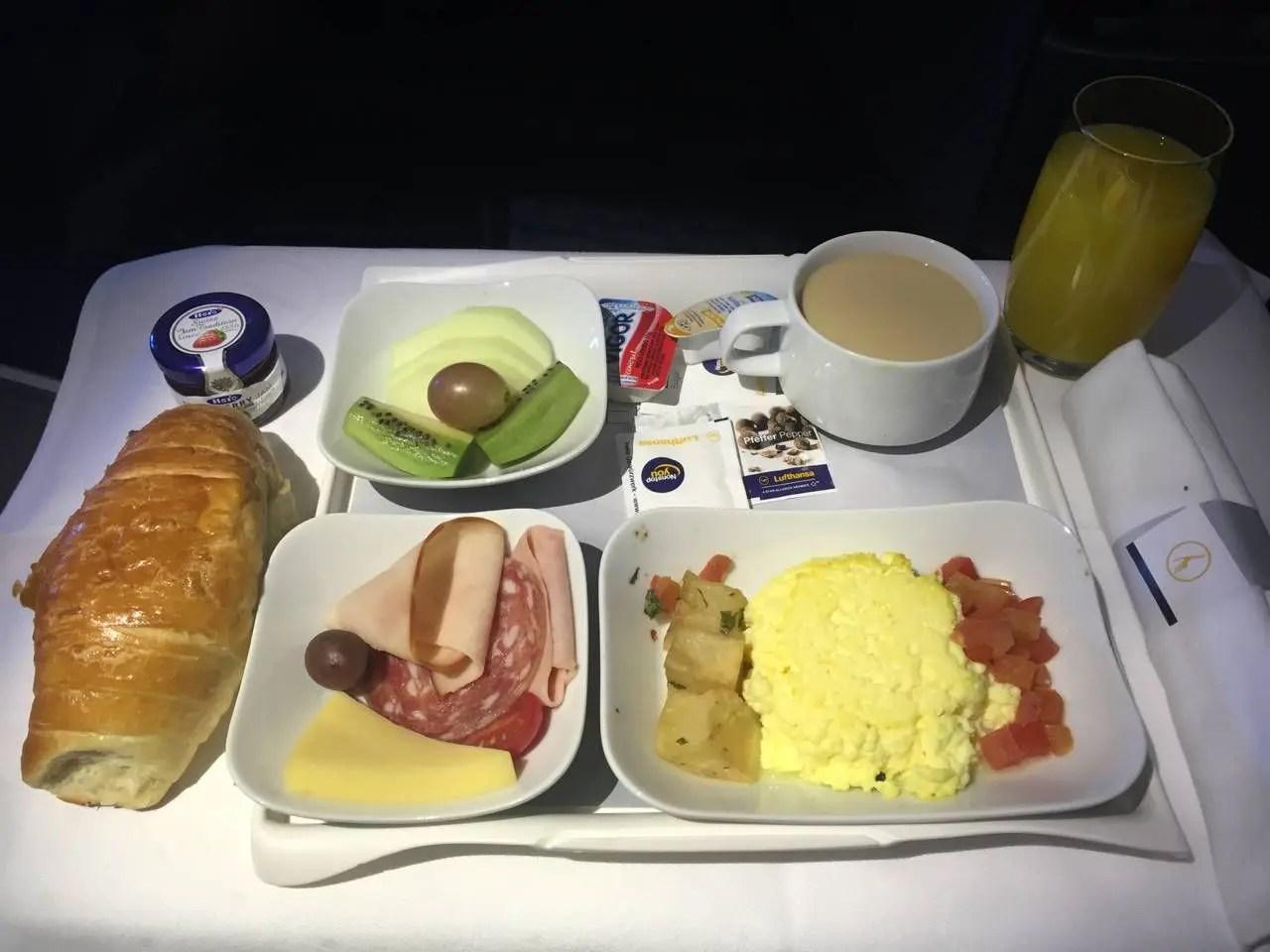 Lufthansa Business Class B747-8-040