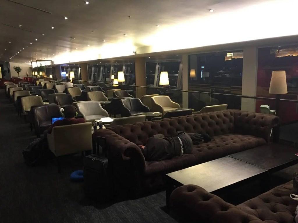 Malaysia Airlines Golden Lounge Kuala Lumpur -043