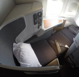 Classe Executiva da American Airlines no B77W – Hong Kong para Dallas