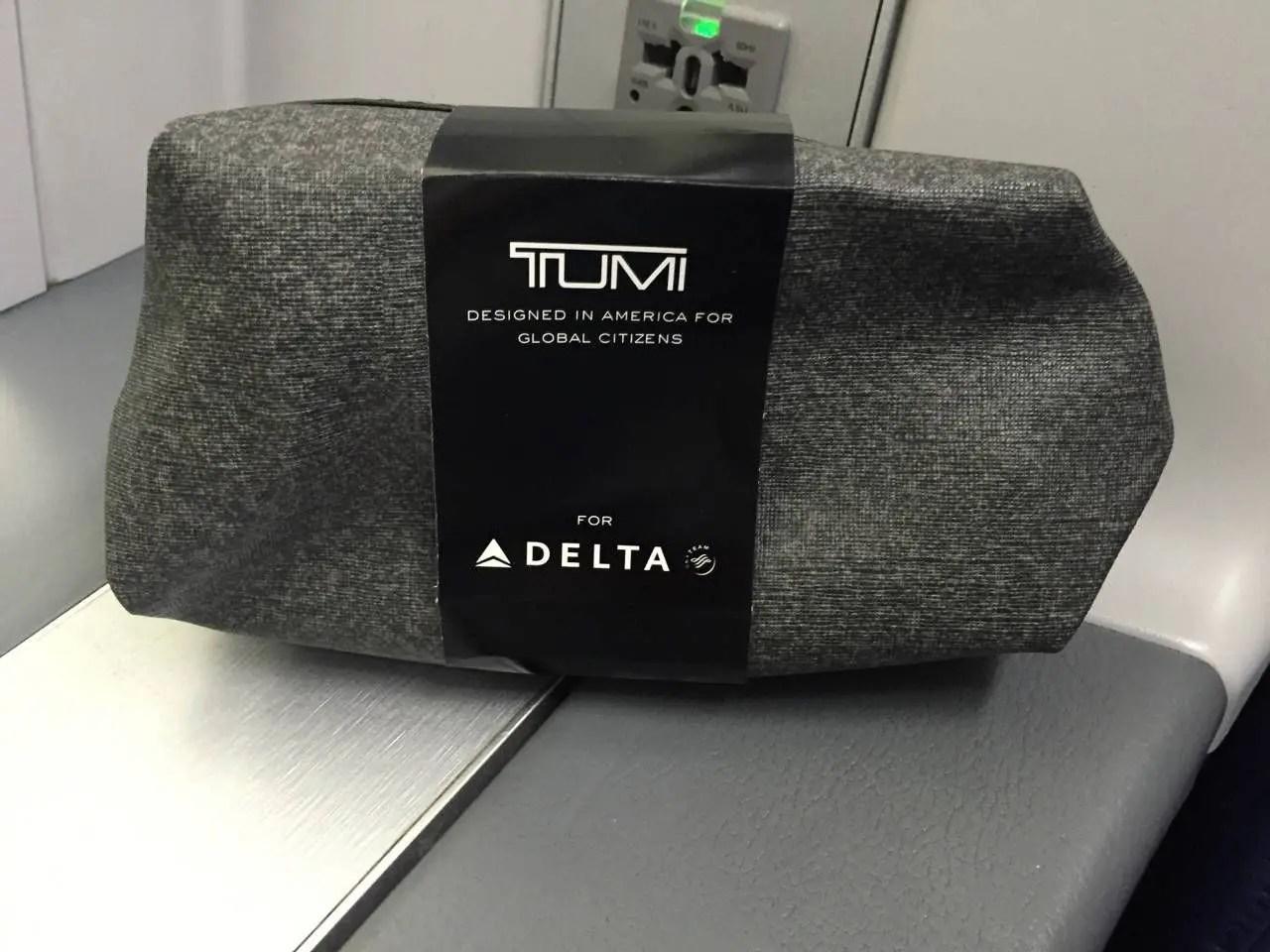Delta One B767-018