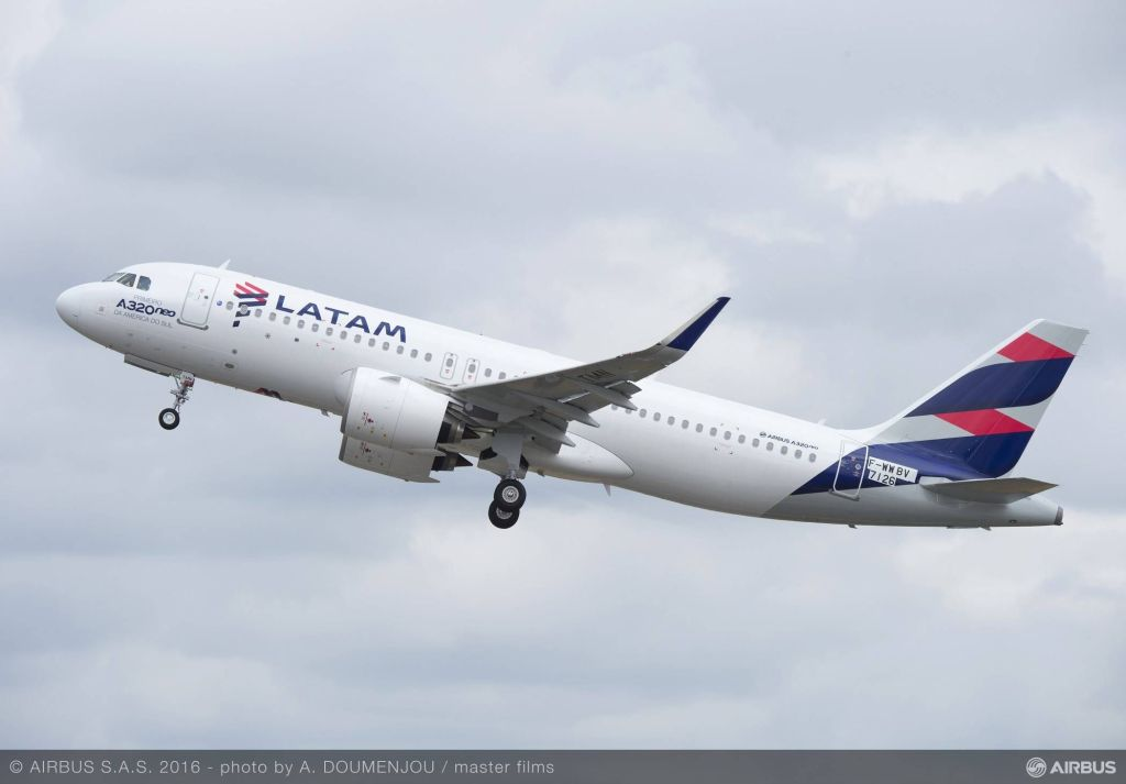 04_First A320neo LATAM MSN7126