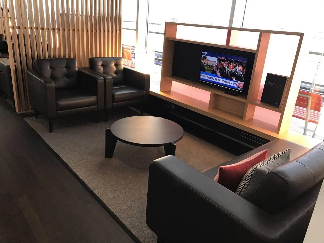 swiss-first-class-lounge-016