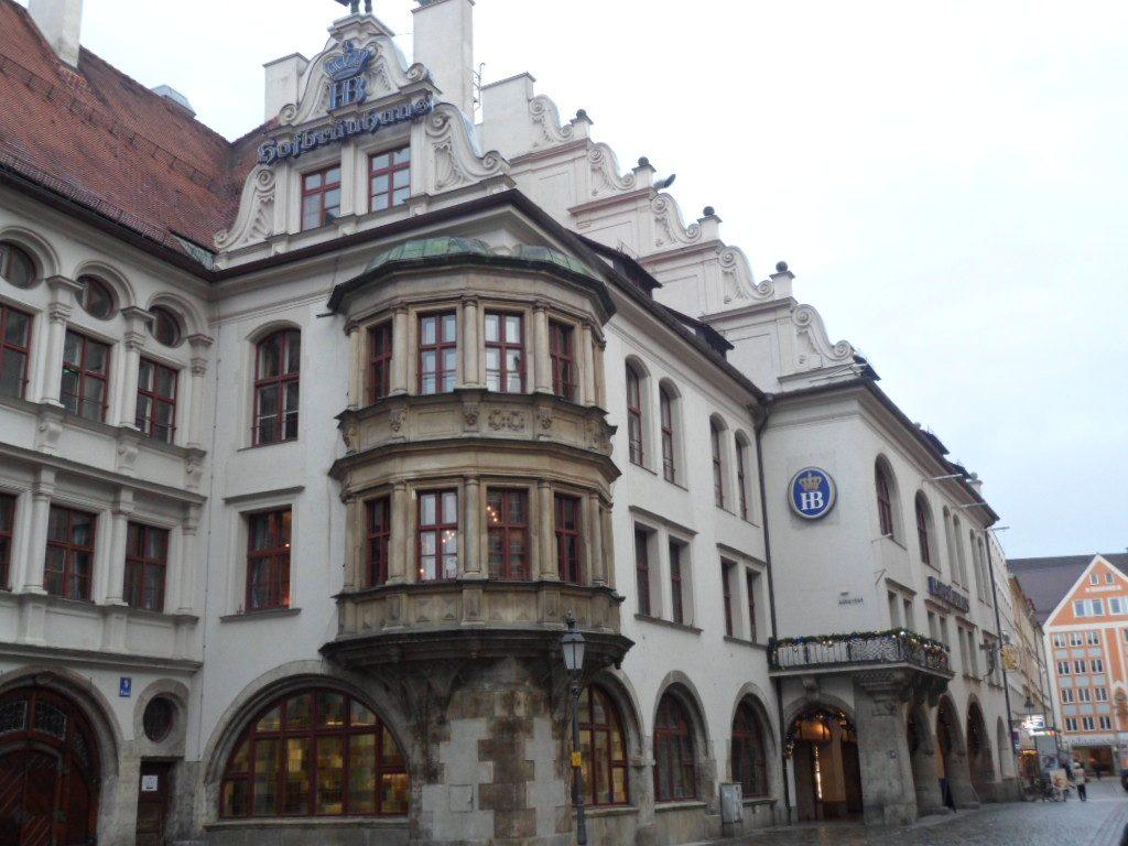 Hofbräuhaus uma cervejaria fantástica