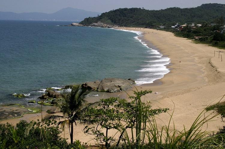 balneario camboriu praia estaleirinho