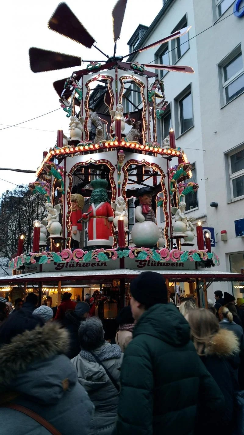 Flinger Strasse em Dusseldorf.
