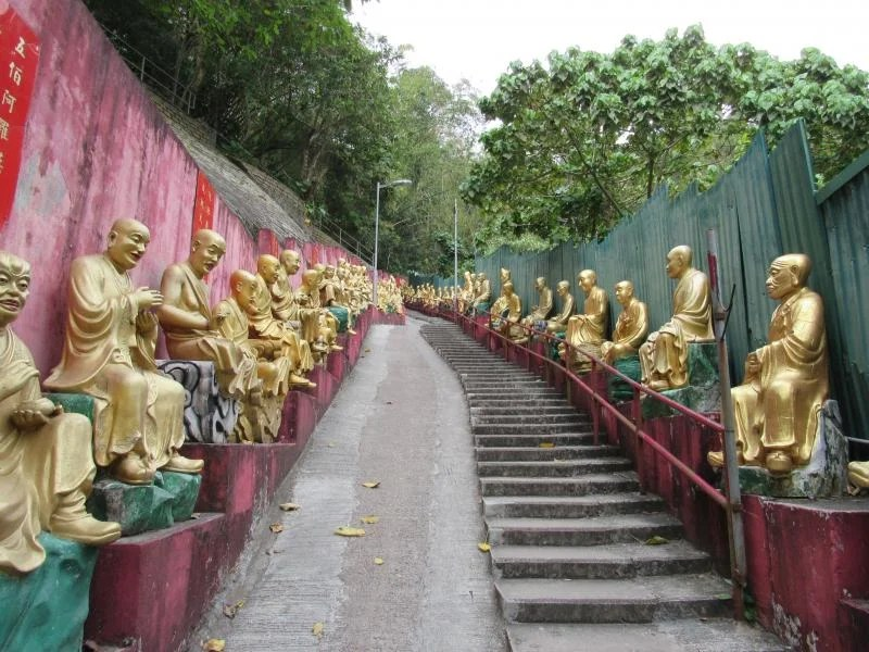 ten-thousand-buddhas-monastery-hong-kong