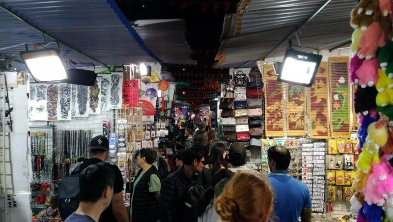 temple-street-night-market-hong-kong